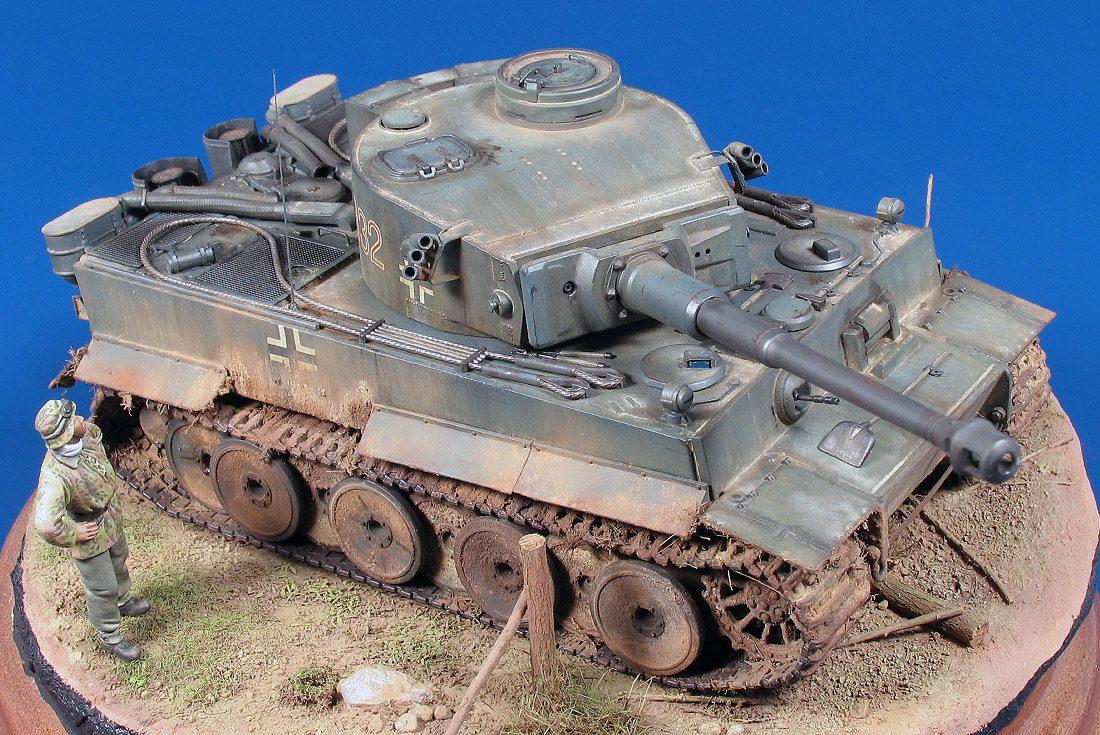 Tiger I Ausf.E, Frühe Produktion