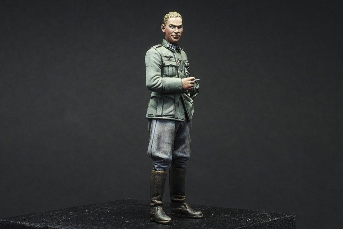German Cool Officer